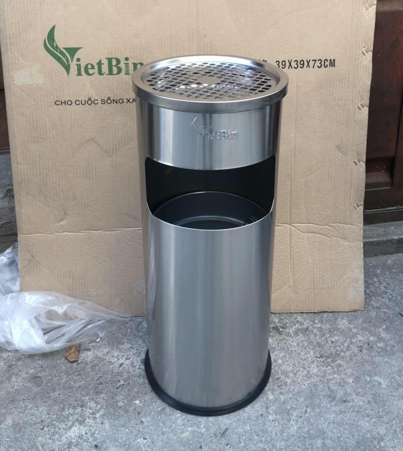 Thùng rác inox có gạt tàn thuốc lá Vietbin